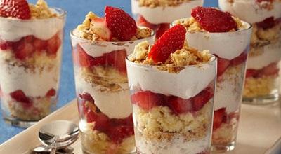 Refreshing Tiny Twinkie Strawberry Trifles!