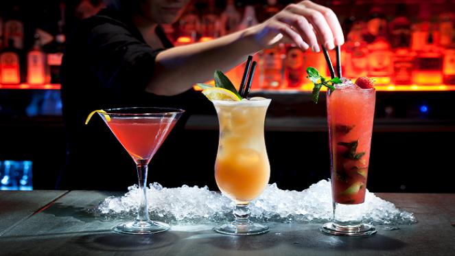 Good Mixed Drinks To Get At Bars