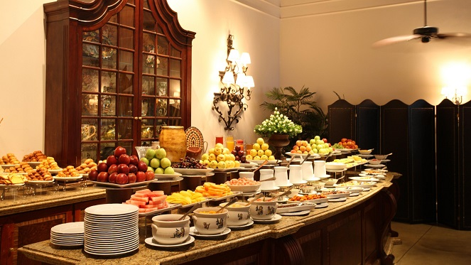 the-dining-room-buffet-breakfast