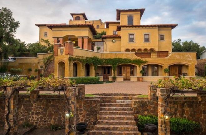 Castello Di Monte Guesthouse