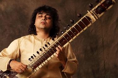 Raga Ecstasy – Sitar 'path bender' Niladri Kumar heads to South African for concert tour.
