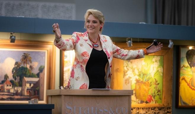 Susie Goodman at Strauss & Co auction